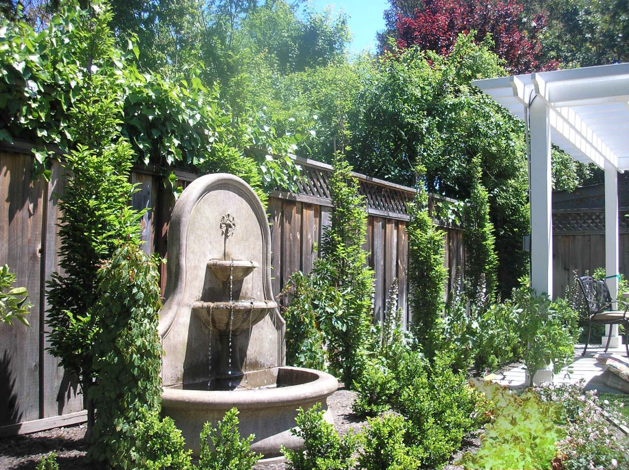 Awesome Wall Fountain. Ambience Garden Design Water Features